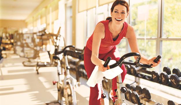 Nghiên cứu mới về đạp xe thể dục trong nhà với ngoài trời