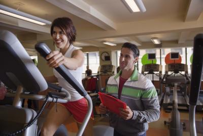 giảm béo nhờ tập chân tay bằng xe đạp tập thể dục